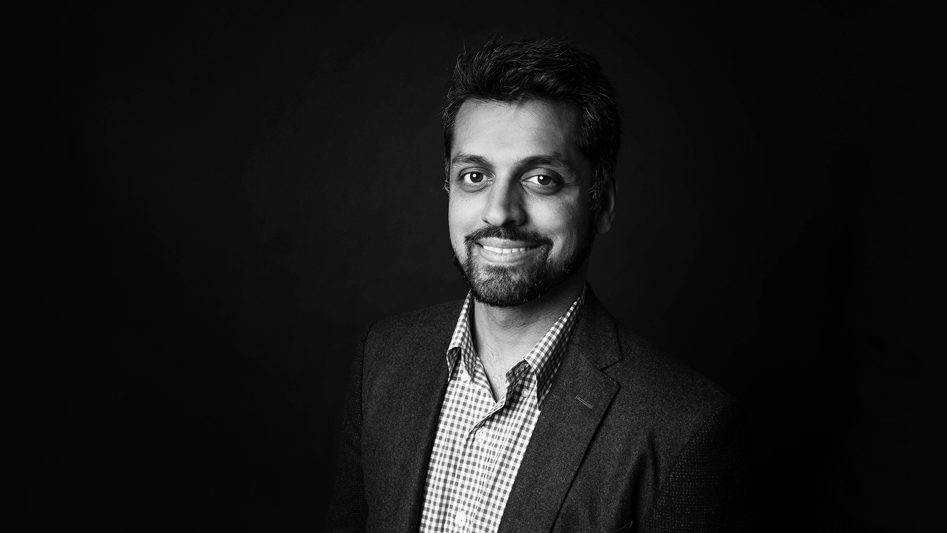Wajahat Ali on Social Media, Echo-Chambers, and Journalism